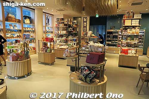 CocoShiga 1st floor shop.