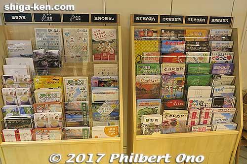 Tourist brochures.